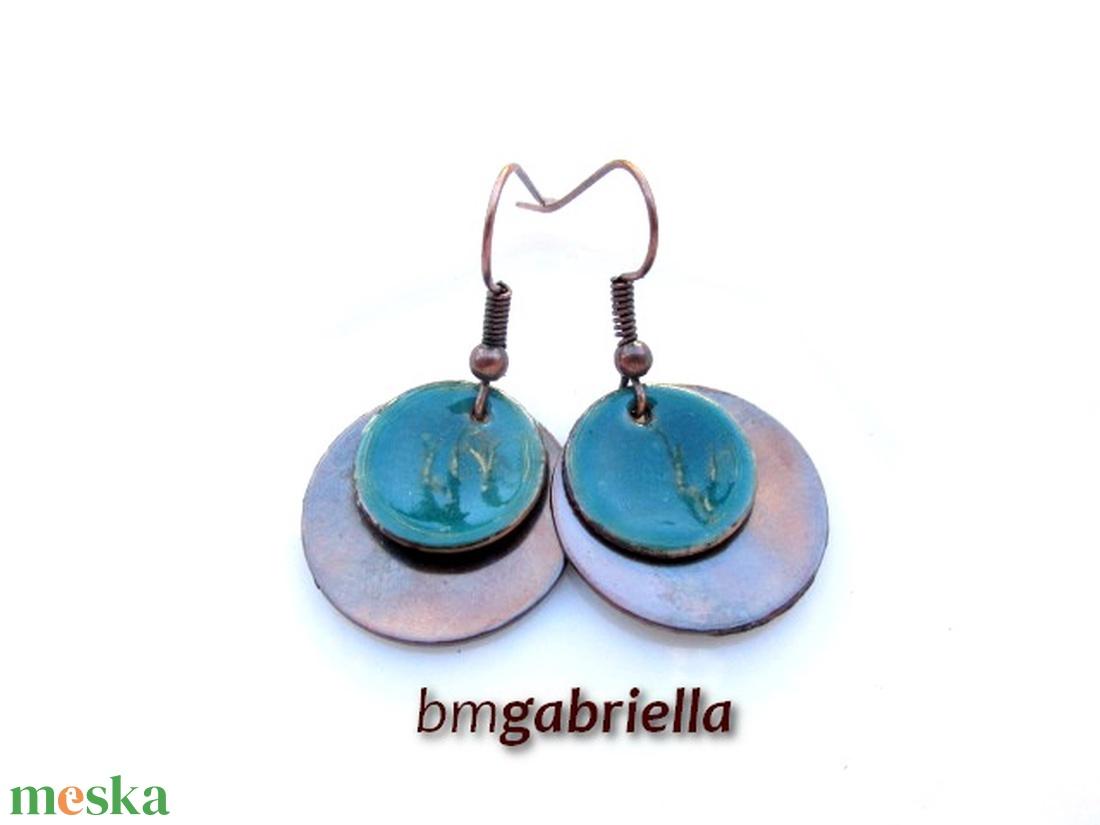 Türkiz szirom - vörösréz és tűzzománc fülbevaló - egyedi tervezésű kézműves fülbevaló - ékszer - fülbevaló - lógós kerek fülbevaló - Meska.hu