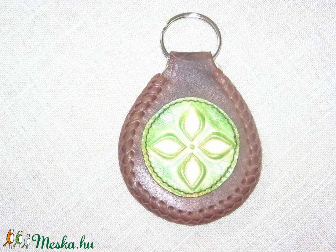Zöld az őszben - táska & tok - kulcstartó & táskadísz - kulcstartó - Meska.hu