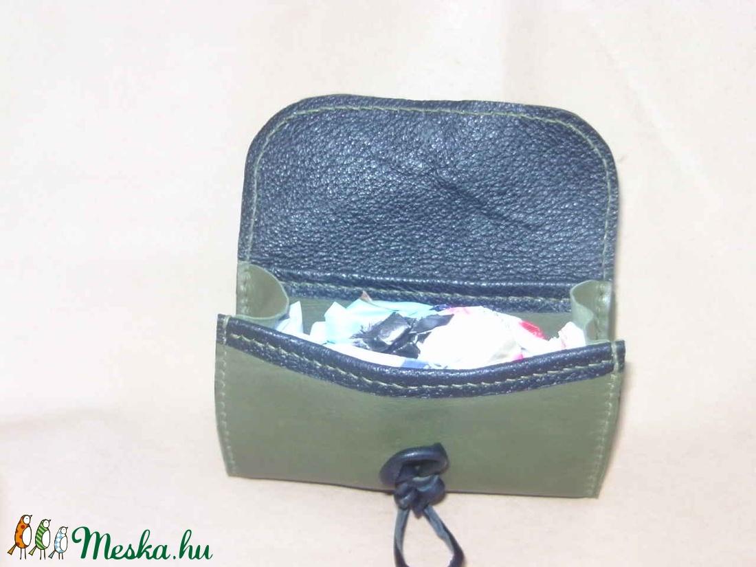 Zöld - fekete pénztárca - táska & tok - pénztárca & más tok - pénztárca - Meska.hu