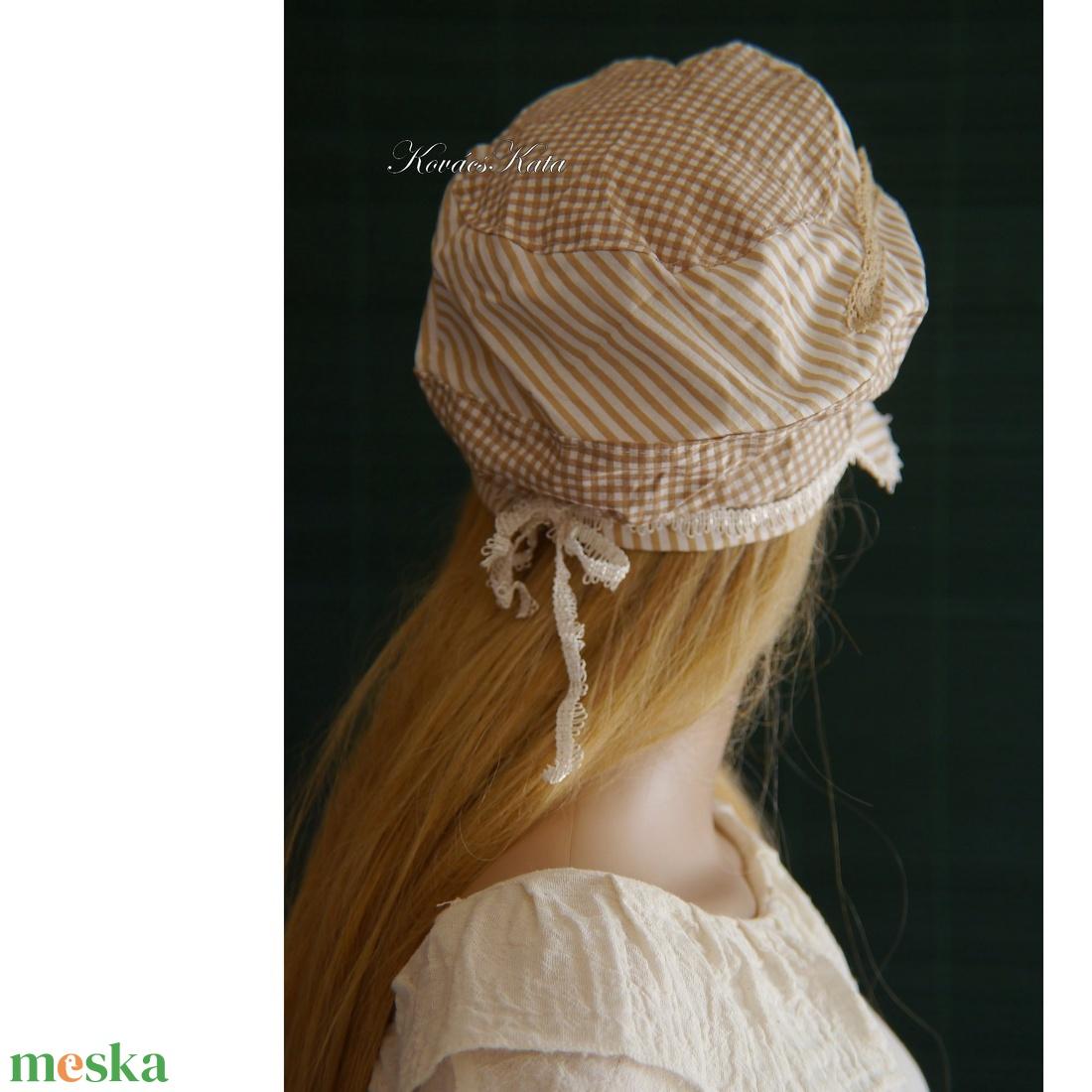 DERBY - shabby chic patchwork sapka / mogyoró - ruha & divat - sál, sapka, kendő - sapka - Meska.hu