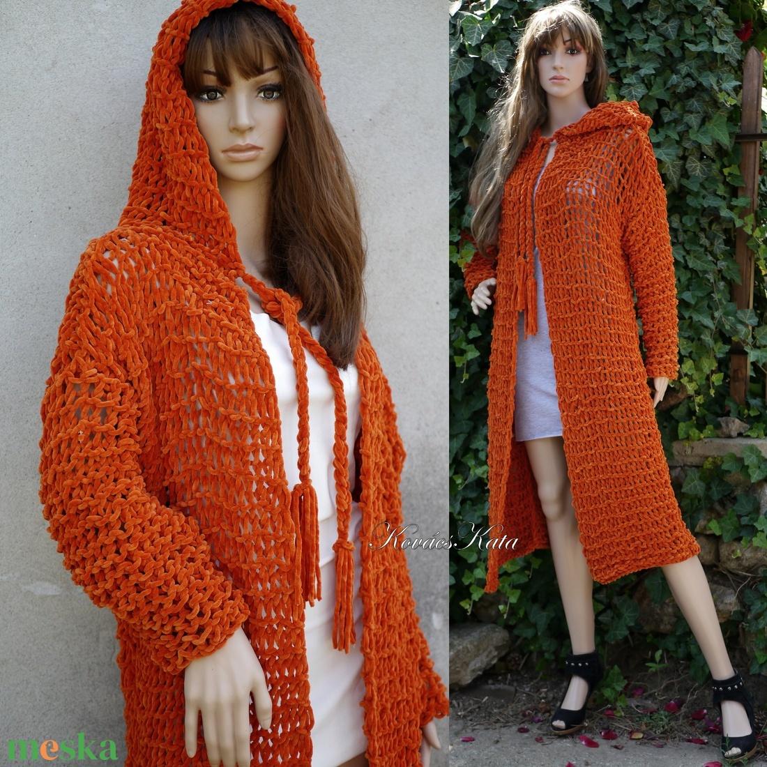 ZSENI / narancs M - extravagáns zsenília kapucnis hosszú kardigán - kézzel kötött  - ruha & divat - női ruha - pulóver & kardigán - Meska.hu