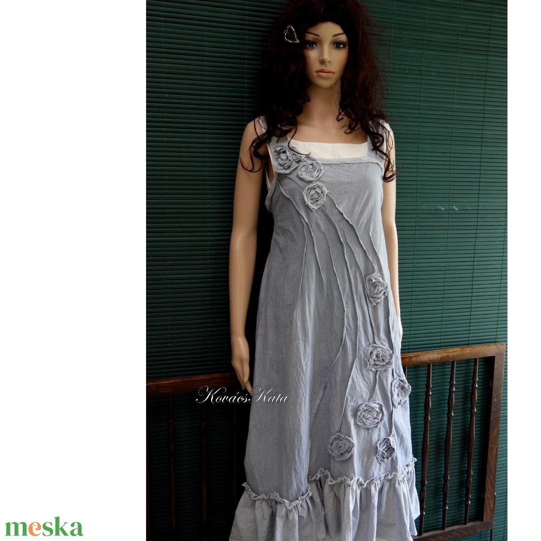 ARTSY SLIP - design kötényruha / pasztell-szürke - ruha & divat - női ruha - ruha - Meska.hu