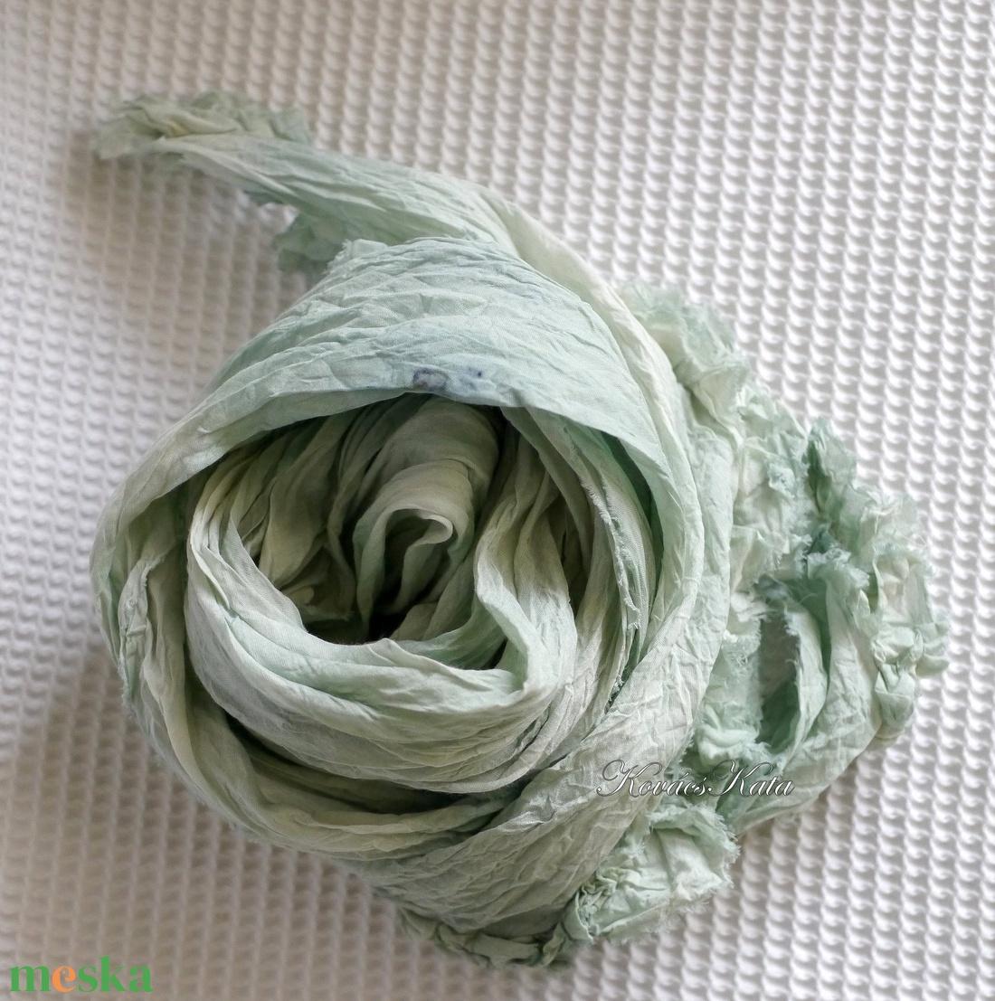 SZIROM-SÁL  /almazöld - fodros batikolt hosszú sál - ruha & divat - sál, sapka, kendő - sál - Meska.hu