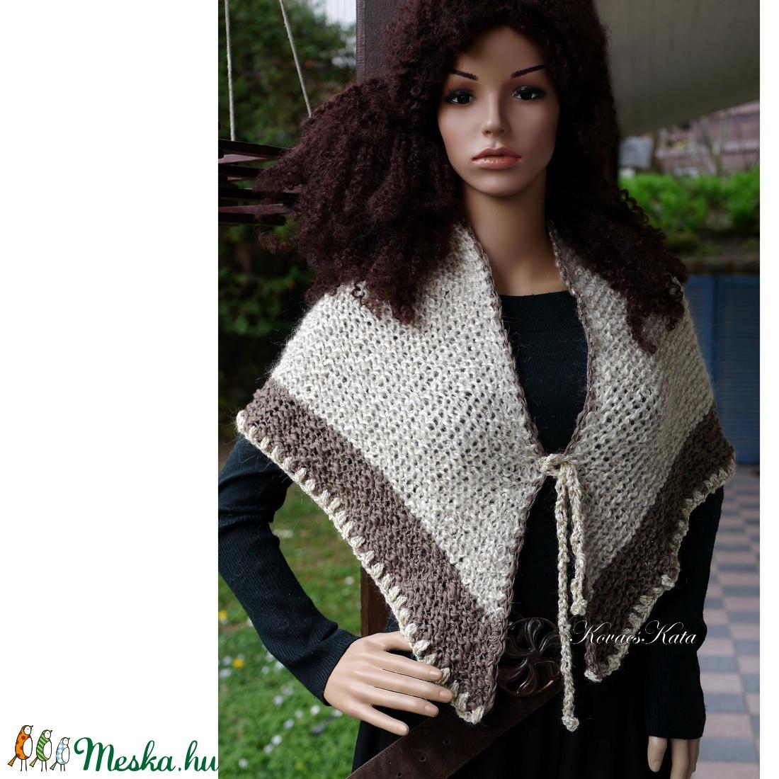 CLAIRE - exkluzív kézzel kötött vállkendő / natúr-barna - ruha & divat - női ruha - poncsó - Meska.hu
