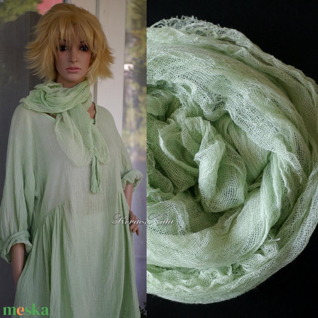 MULL-KENDŐ / almazöld - batikolt géz sál - ruha & divat - sál, sapka, kendő - sál - Meska.hu
