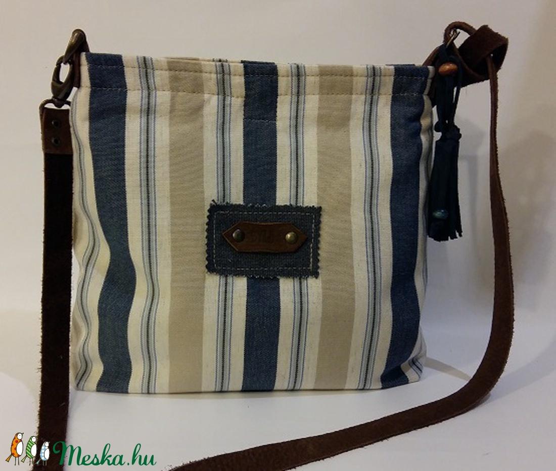 Csíkos kisméretű táska bőr kiegészítőkkel. Vászontáska. Mini táska . Női  táska (BYildi) - Meska.hu f29ffbcff1