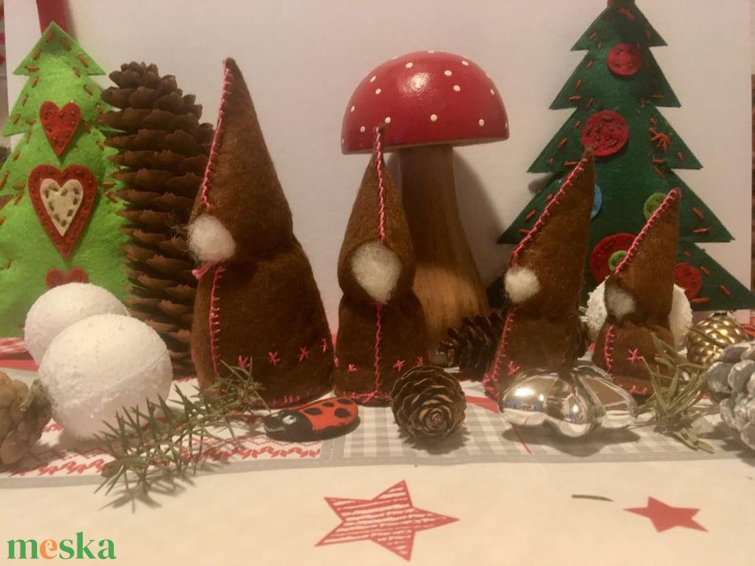 Waldorf színes manócsalád 4 db-os - játék & gyerek - plüssállat & játékfigura - manó - Meska.hu