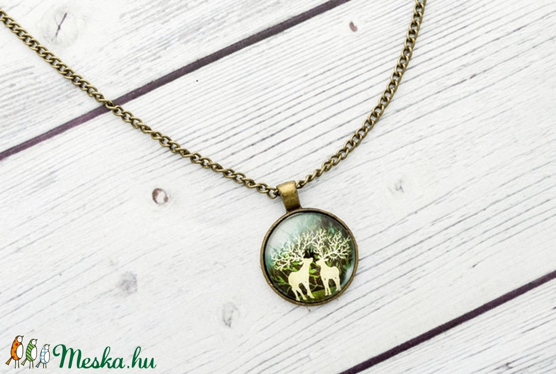 Woodland - zöld szarvas medál (citycharms) - Meska.hu