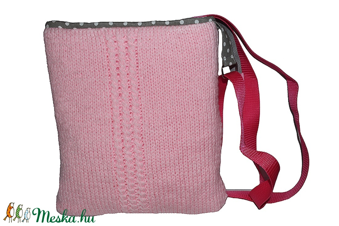 Kézzel kötött táska
