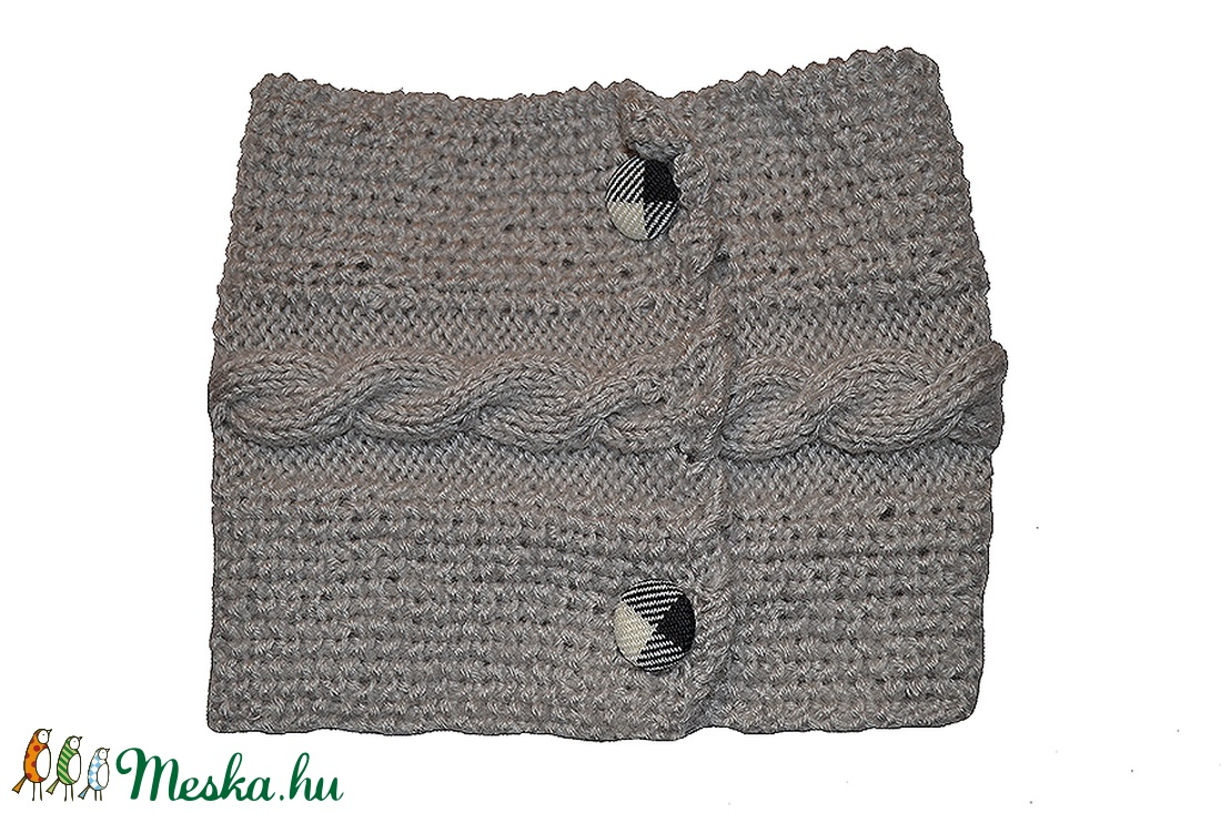 Kézzel kötött nyakmelegítő szürke két gombos (Colibrishop) - Meska.hu 24aad665a3
