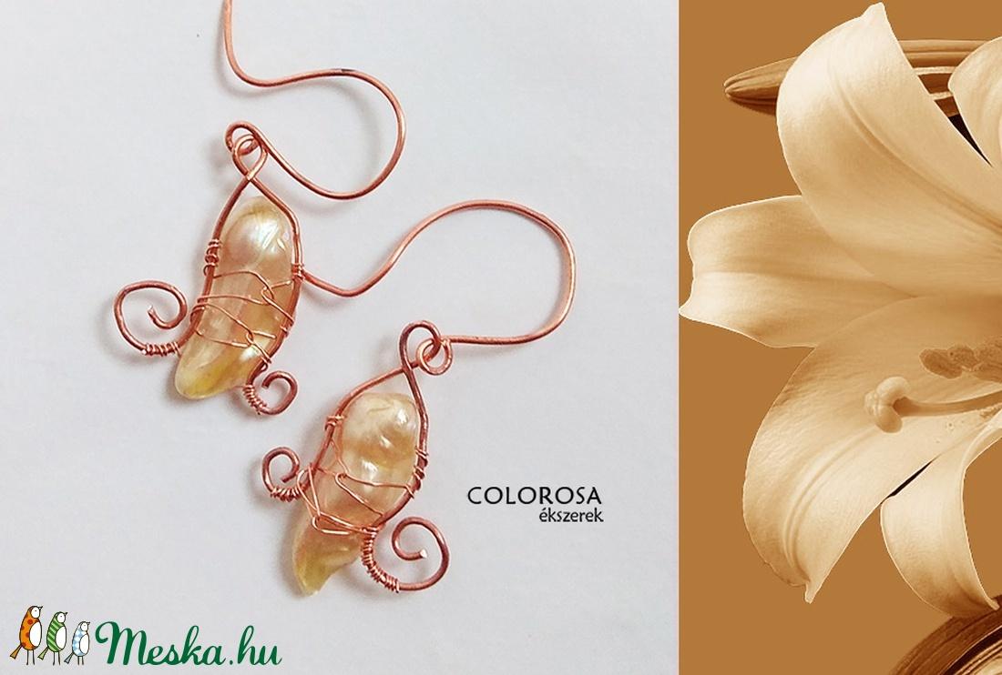 Liliom. Vörös réz-tenyésztett gyöngy fülbevló (colorosa) - Meska.hu c61a433e02