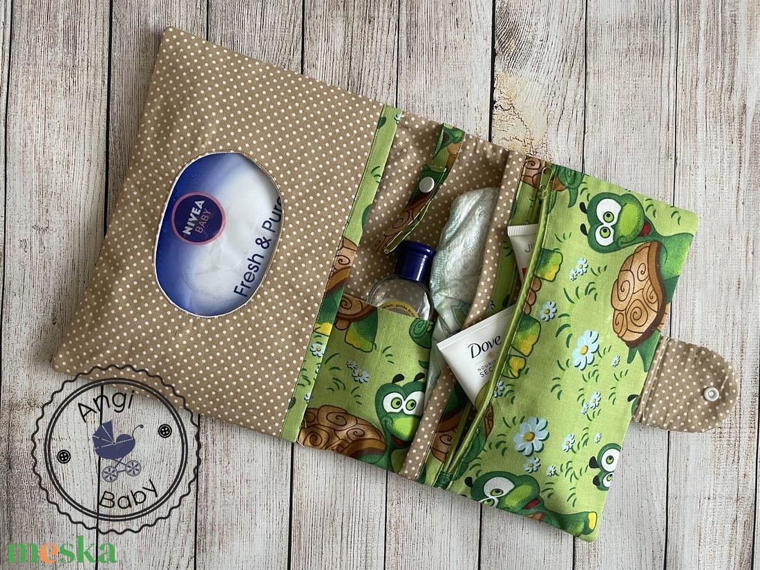 Pelenkatartó táska + pelenkázó alátét szett - játék & gyerek - babalátogató ajándékcsomag - Meska.hu