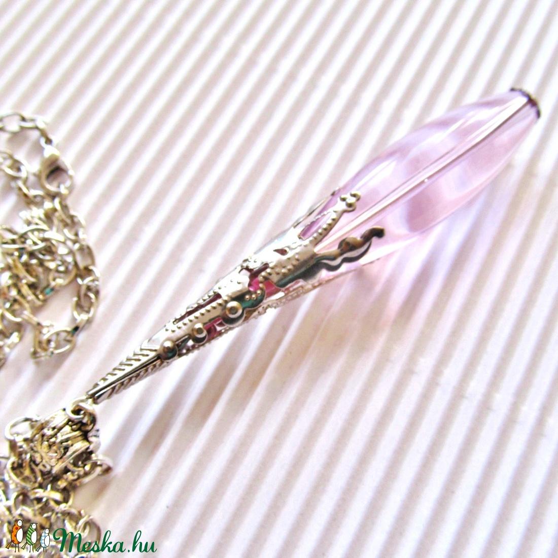 AKCIÓ - Csipkerózsika üveg-gyöngy nyaklánc, üveggyöngy ékszer - ékszer - nyaklánc - medálos nyaklánc - Meska.hu