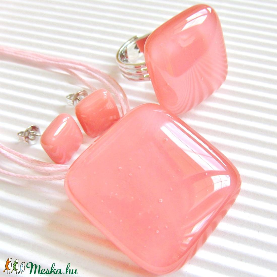 Lazacrózsaszín kocka üveg gyűrű, üvegékszer - ékszer - gyűrű - statement gyűrű - Meska.hu