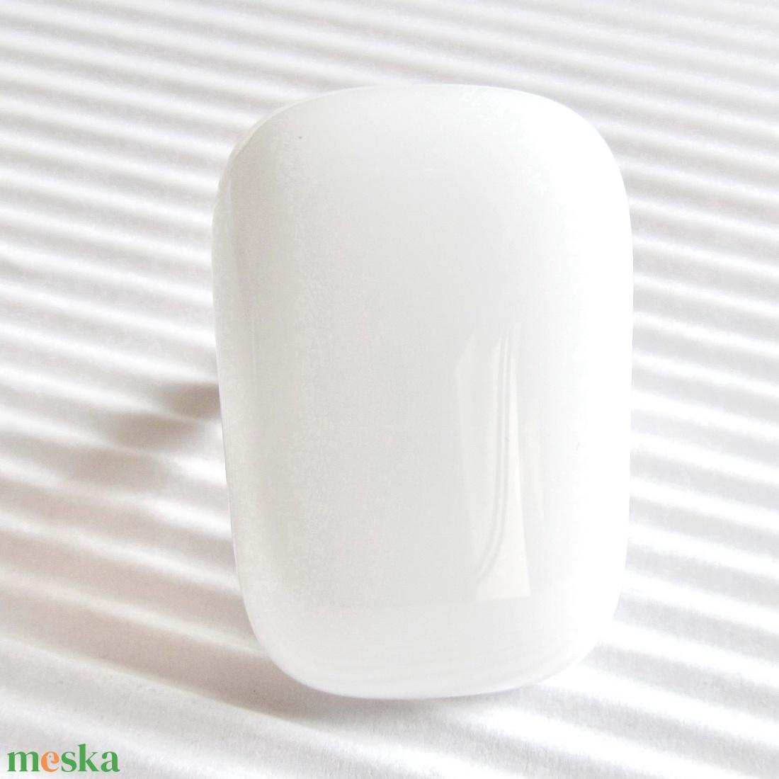 Hófehér elegáns üveg gyűrű, üvegékszer - ékszer - gyűrű - statement gyűrű - Meska.hu
