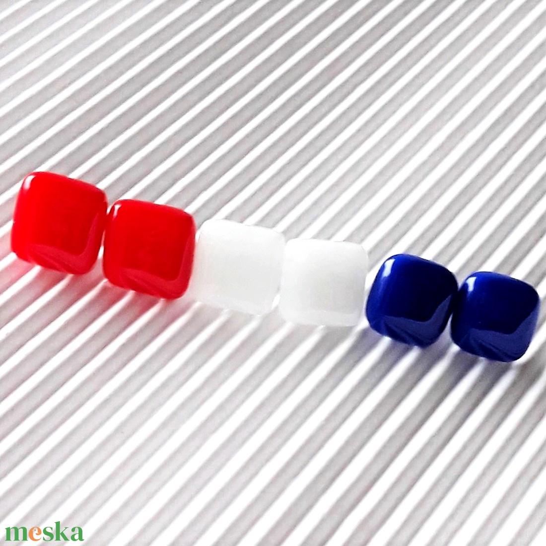 Rózsakert üveg kocka fülbevaló csomag orvosi fém alapon , minimal, trendi, üvegékszer szett - ékszer - fülbevaló - pötty fülbevaló - Meska.hu