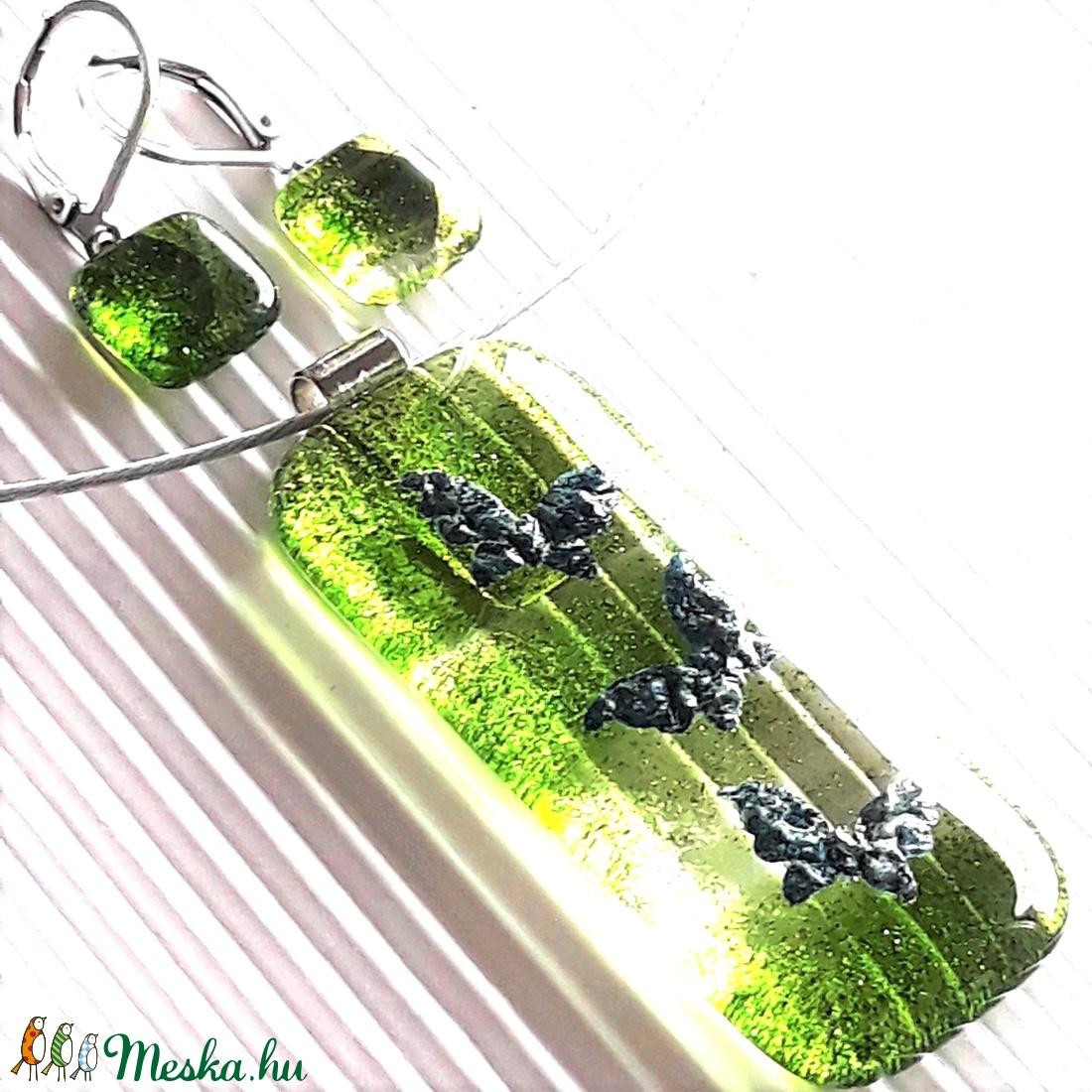 Pillangótánc elegáns üveg medál és fülbevaló, NEMESACÉL/ORVOSI FÉM, minimal, üvegékszer szett - ékszer - ékszerszett - Meska.hu