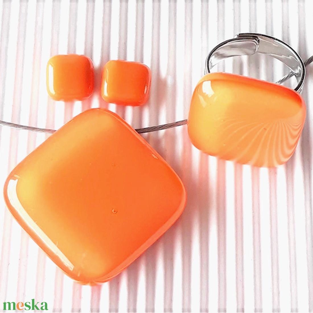 Selymes mandarin rombusz üveg medál, gyűrű és fülbevaló orvosi fém bedugón, üvegékszer szett - ékszer - ékszerszett - Meska.hu
