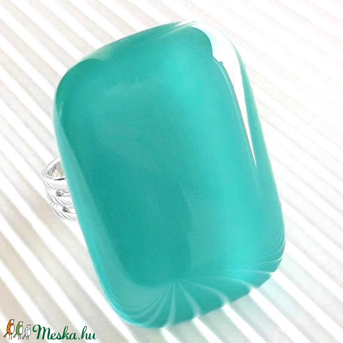 Hamvas smaragd elegáns üveg gyűrű, üvegékszer - ékszer - gyűrű - statement gyűrű - Meska.hu