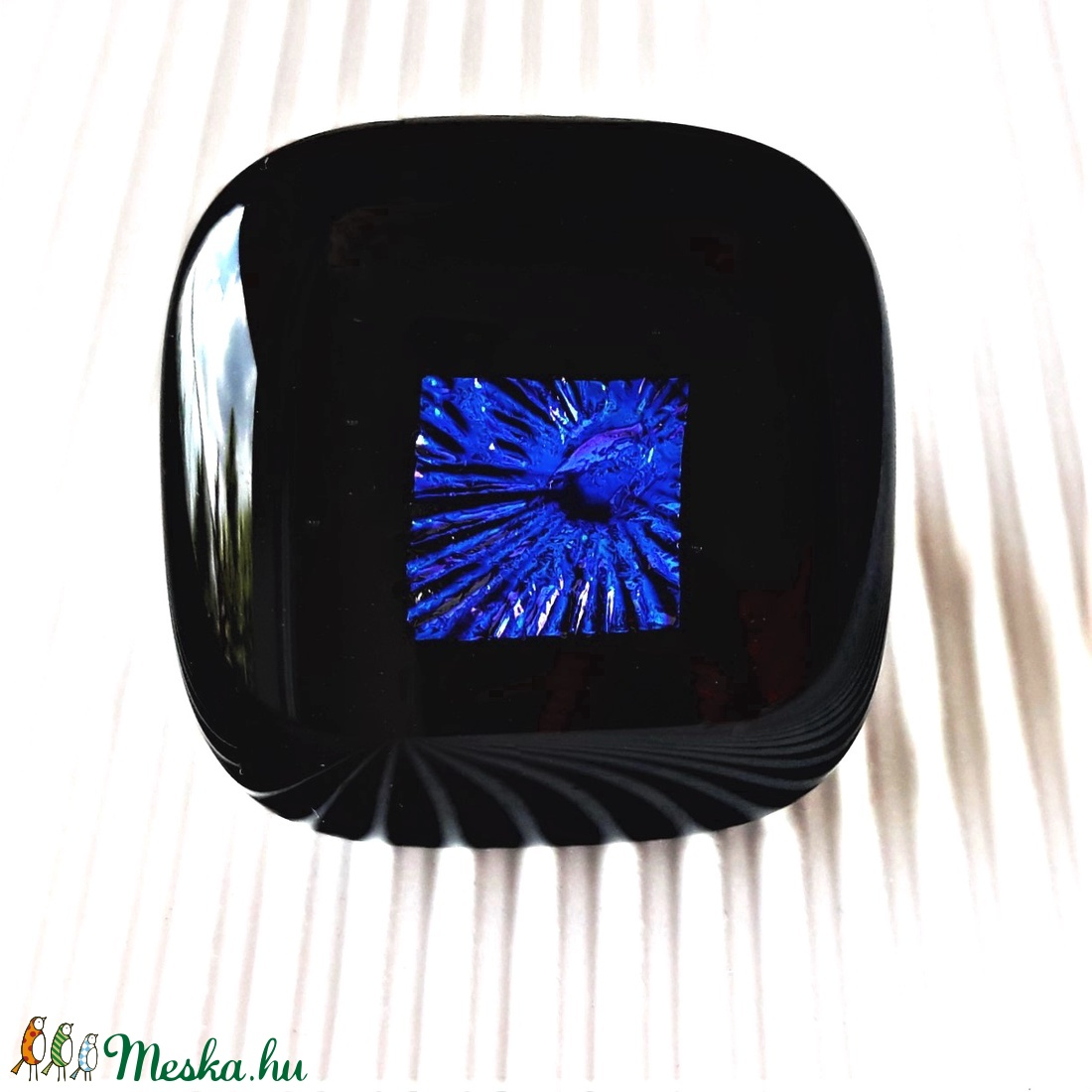 Kék éjfél tavirózsával fekete maxi gyűrű, üvegékszer - ékszer - gyűrű - statement gyűrű - Meska.hu