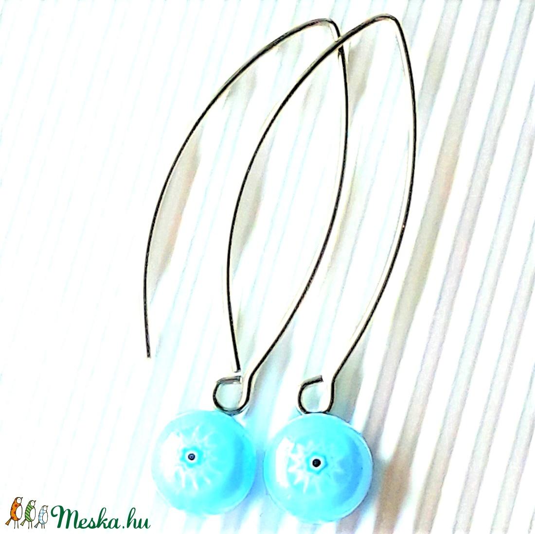 Égszínkék csillagvirág millefiori üveg fülbevaló orvosi fém hosszú, trendi akasztón, üvegékszer  - ékszer - fülbevaló - lógós kerek fülbevaló - Meska.hu