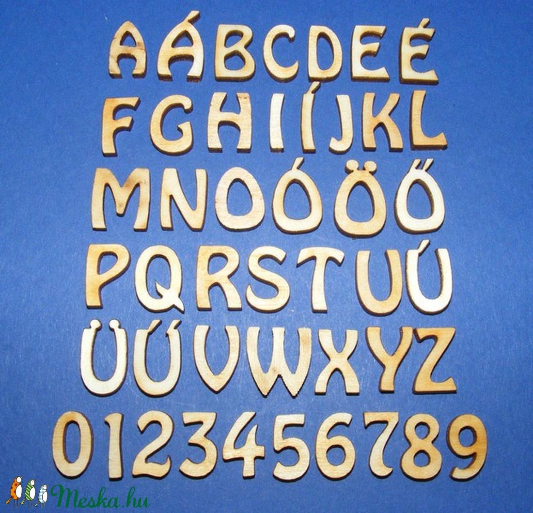 Rusztikus fa betű (20x15 mm) - C - fa - Meska.hu