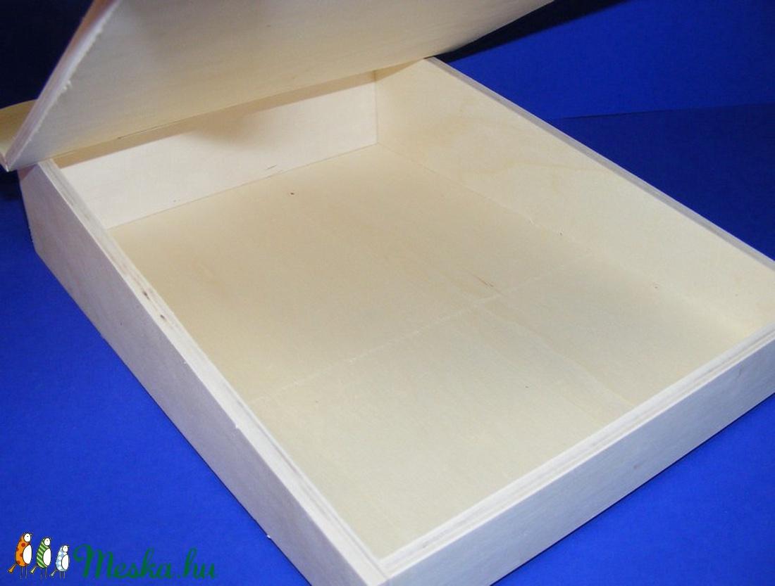 Fedeles fadoboz (ferde/1 db) - A4 méretű - fa - Meska.hu