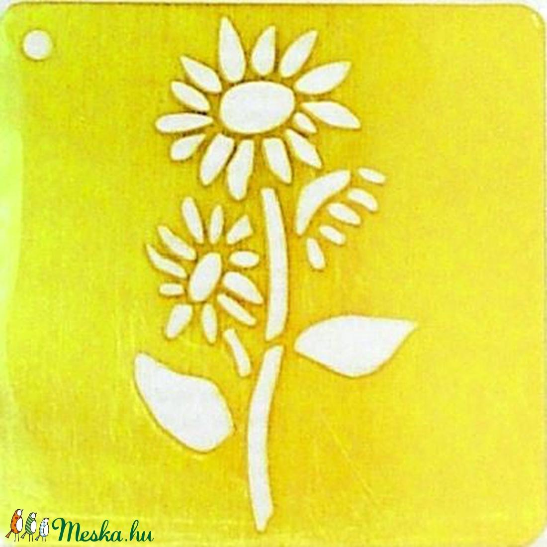 Embossing domborító sablon (6,5x6,5 cm/1 db) - virág (csimbo) - Meska.hu
