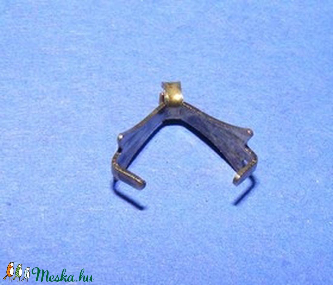 Karmos kőfogó (354/F minta/1 db)  - gyöngy, ékszerkellék - Meska.hu