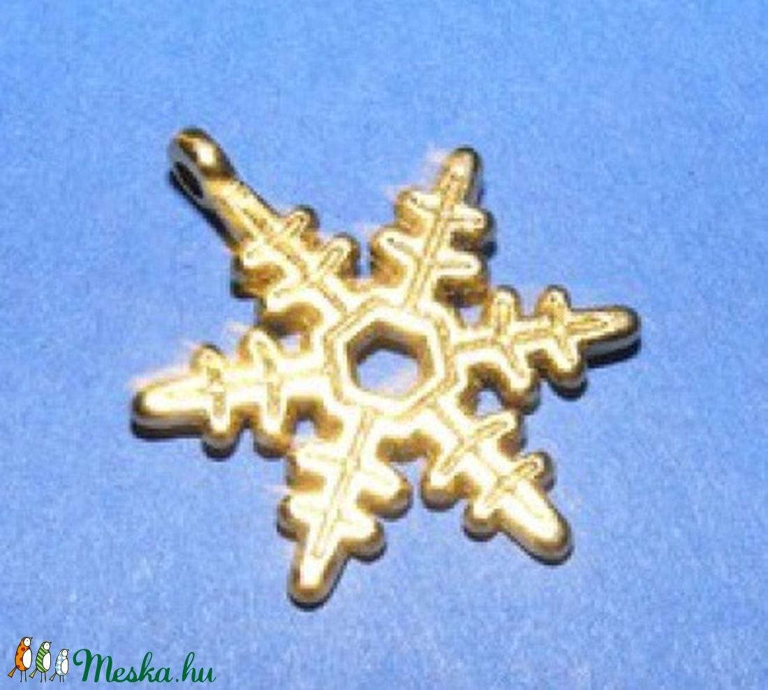 Medál (528/B minta/1 db) - hópehely - gyöngy, ékszerkellék - Meska.hu