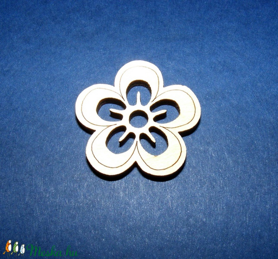 Fa alap (100/A minta/1 db) - kicsi virág  - fa - Meska.hu