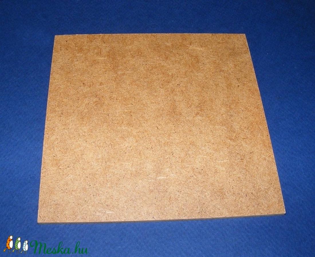 Farostlemez (30,2x30,2 cm/1 db) - natúr (csimbo) - Meska.hu