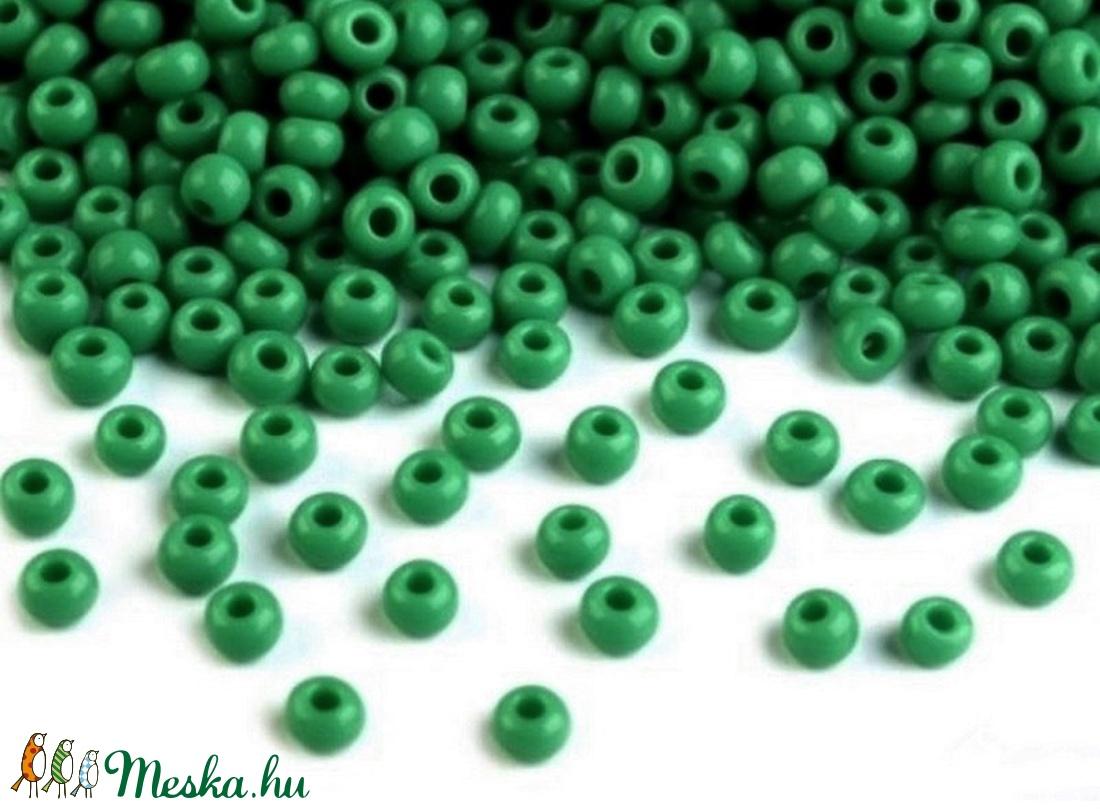 Kásagyöngy-103 (2 mm/100 g) - fényes zöld (csimbo) - Meska.hu