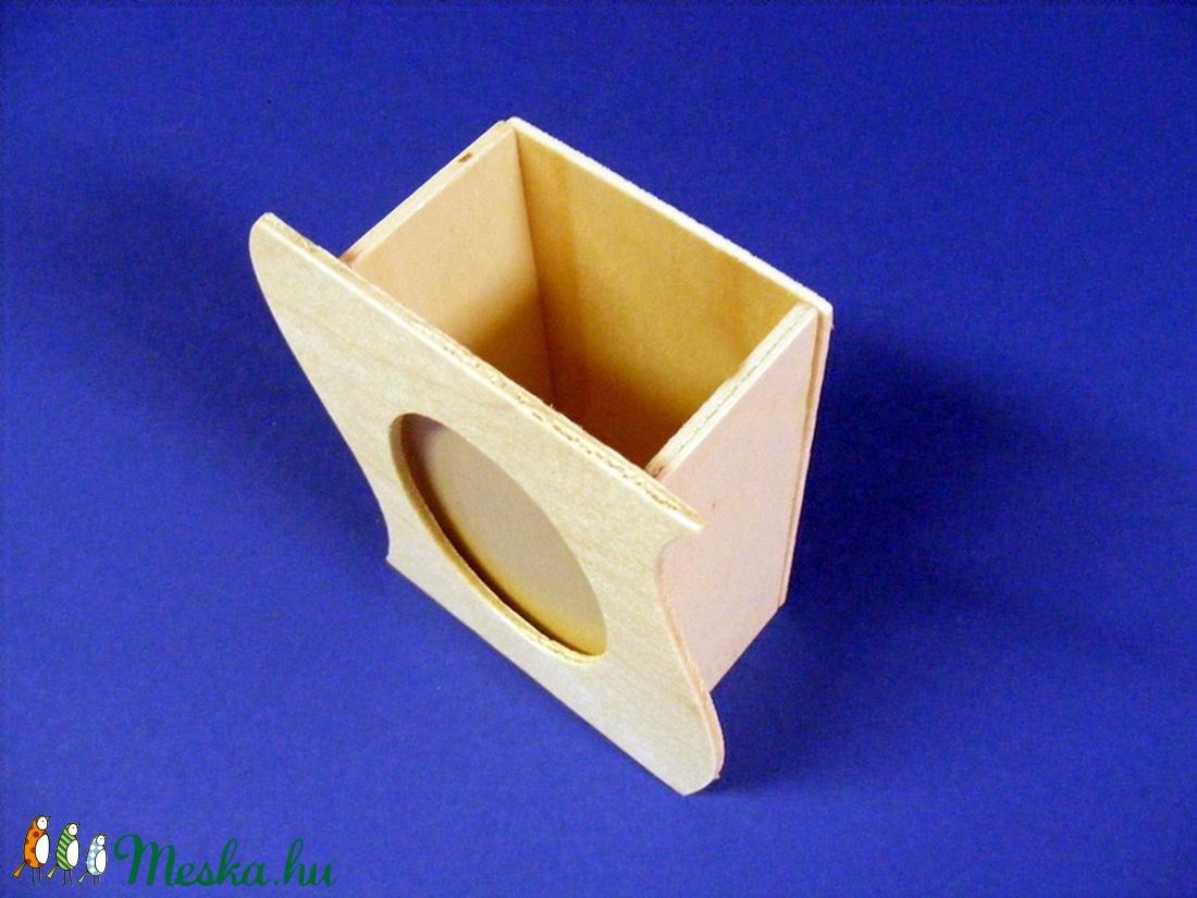 Fa asztali fényképtartó (12,2x9,8x4,9 cm/1 db) - hullámos - fa - Meska.hu