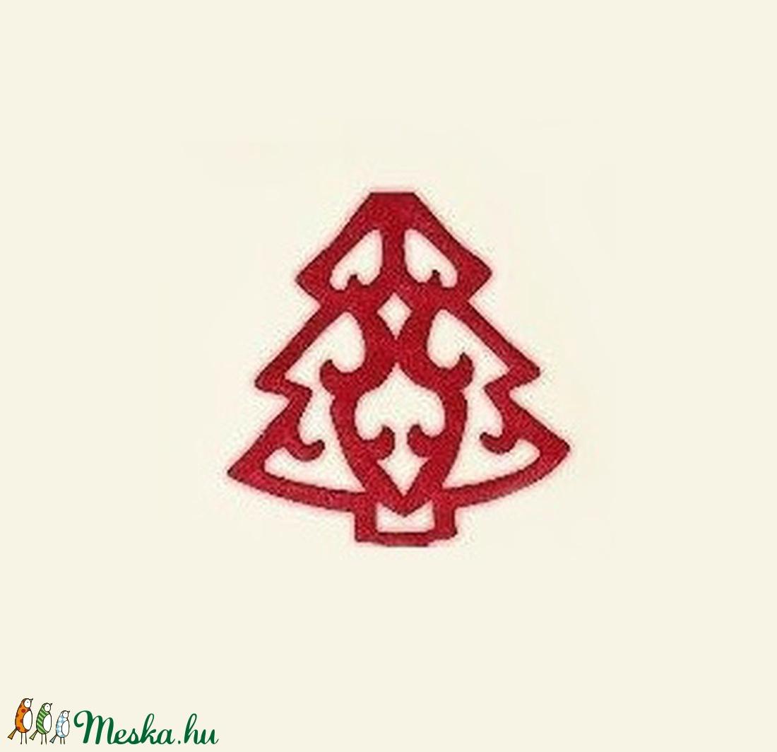 Karácsonyi filcfigura (1 db) - piros fenyőfa (csimbo) - Meska.hu
