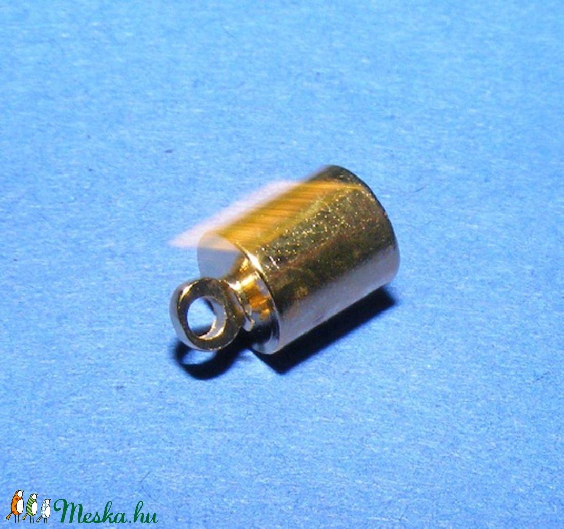 Bőrvég (32 minta/1 db) - 12x8 mm - gyöngy, ékszerkellék - Meska.hu