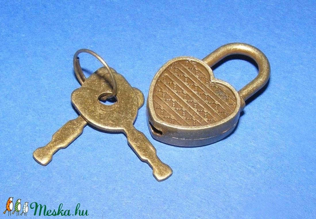 Lakat pánt szív alakú lakattal (1 készlet) - csat, karika, zár - Meska.hu
