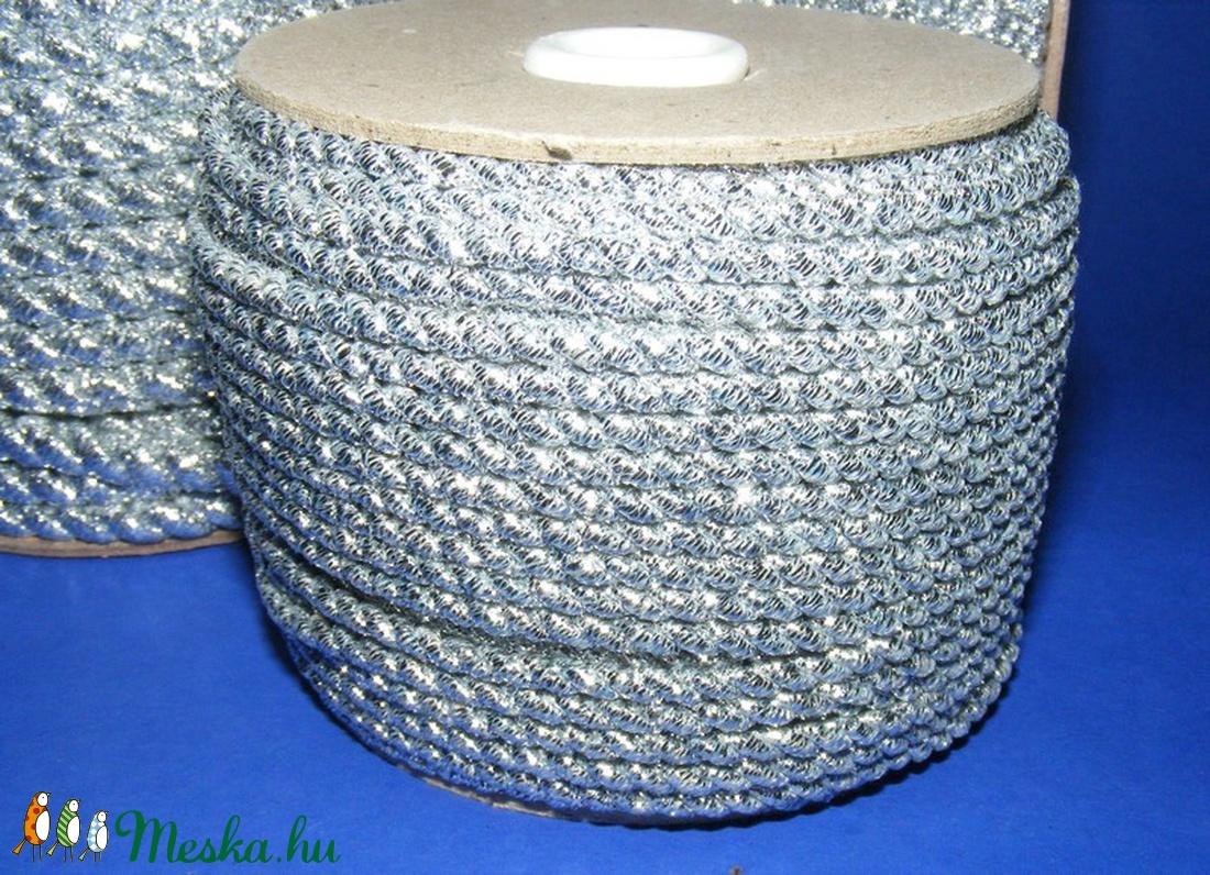 Sodrott zsinór - 3 mm (ZS104/1 m) - ezüst - gyöngy, ékszerkellék - Meska.hu