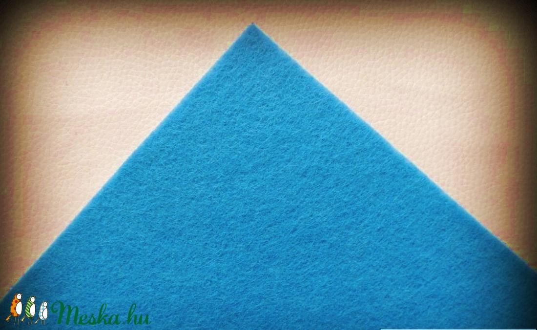 Dekorfilc (2 mm/kemény) - azúrkék - textil - Meska.hu