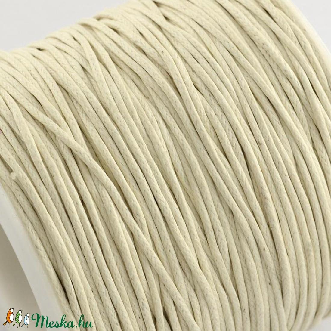 Viaszos pamutzsinór - 1 mm (7. minta/1 m) - beige - gyöngy, ékszerkellék - Meska.hu