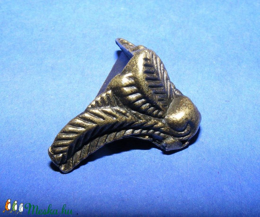 Doboz láb (4. minta/4 db) - 15x20 mm - csat, karika, zár - Meska.hu