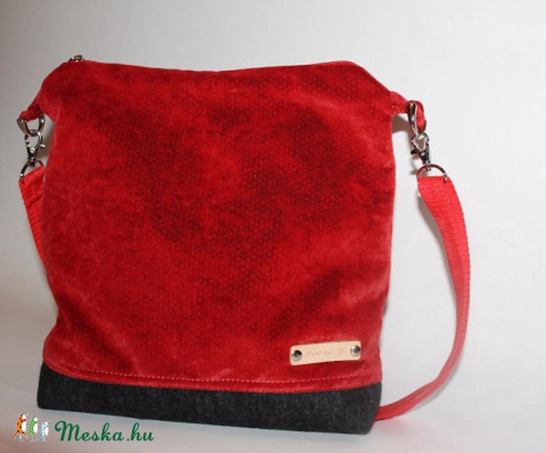 Piros művelúr táska válltáska (BYildi) - Meska.hu 9193ba4a0d