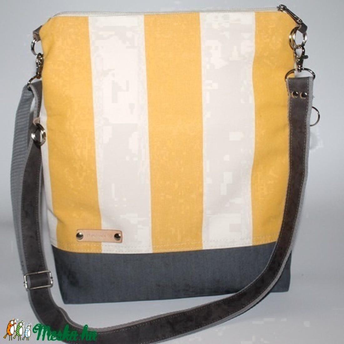 Táska Válltáska ipad táska sárga csíkos táska szürke bőr pánttal (BYildi) -  Meska. 04b838aee0