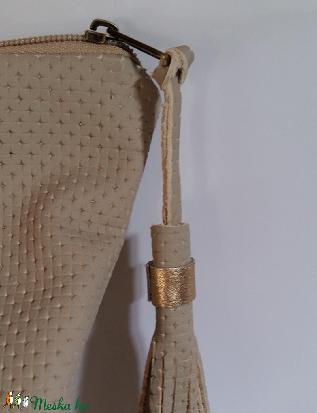 ... Bőrtáska arany és beige női táska hátizsák super divatos egyedi dartab ( BYildi) - Meska ... a3d49194ac