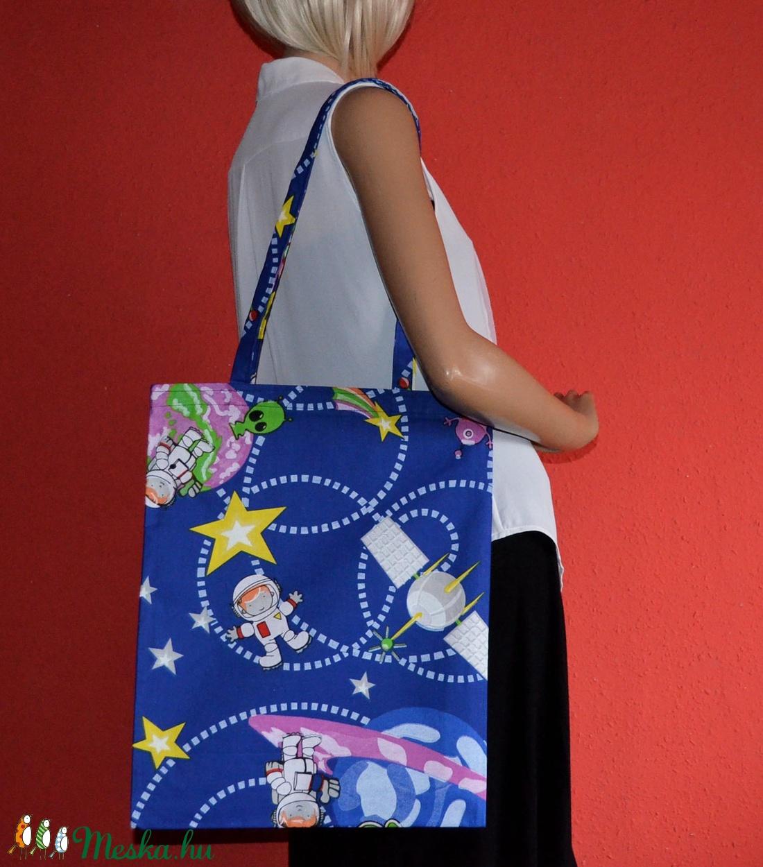Zűr az űrben vászontáska - táska & tok - bevásárlás & shopper táska - shopper, textiltáska, szatyor - Meska.hu