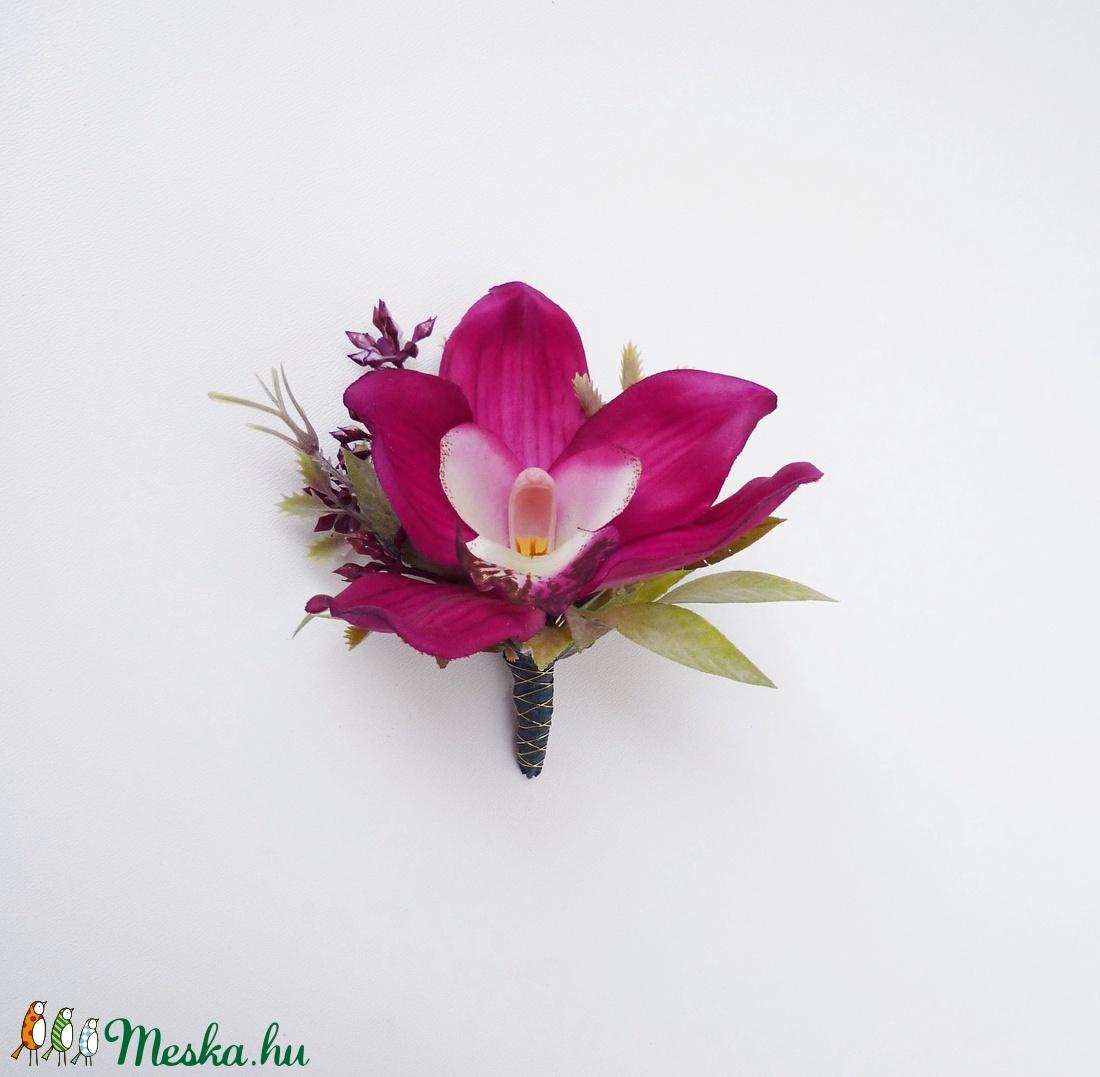 Vőlegény orchidea kitűző - Meska.hu
