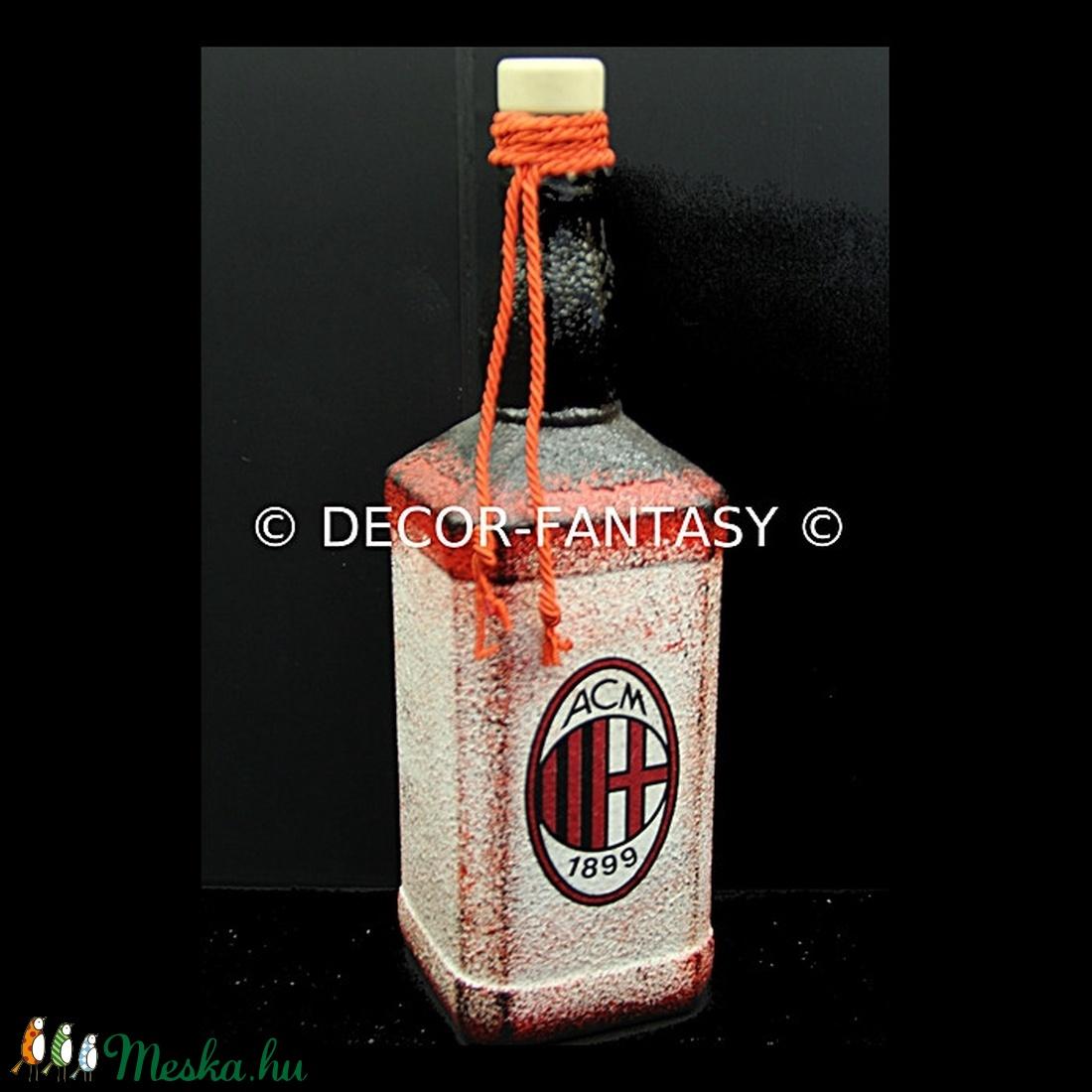AC MILAN emblémával díszített  üveg   ( 0,75 l üveg )  (decorfantasy) - Meska.hu