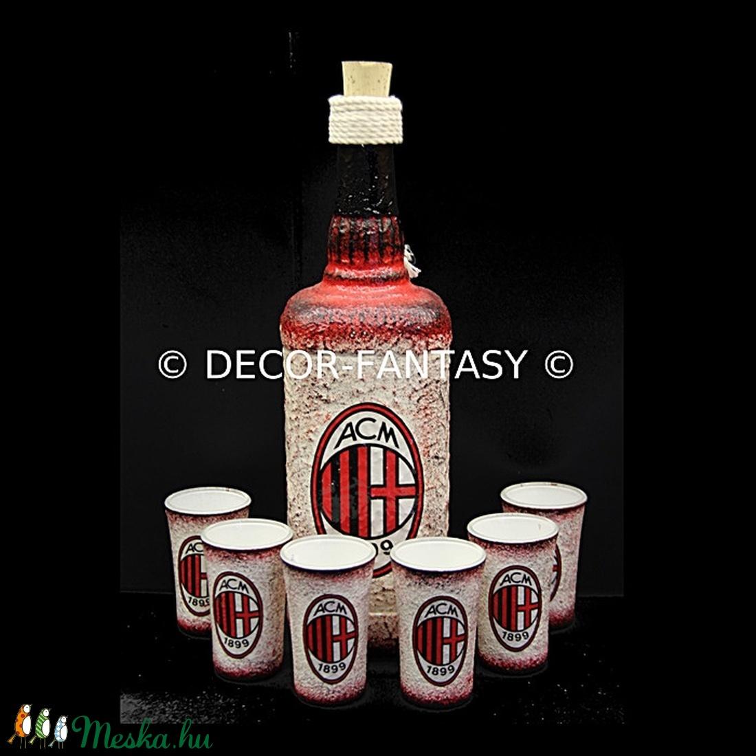 AC MILAN emblémával díszített  italos szett ( 0,75 l üveg + 6x45 ml pohár ) (decorfantasy) - Meska.hu