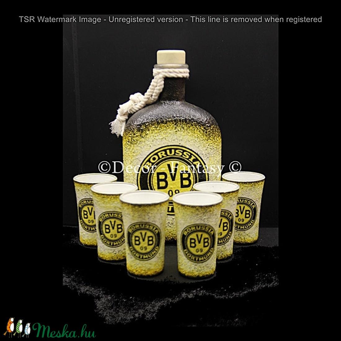 Borussia Dortmund  emblémával díszített   italos szett ( 0,5 l üveg + 6x45ml pohár )  (decorfantasy) - Meska.hu