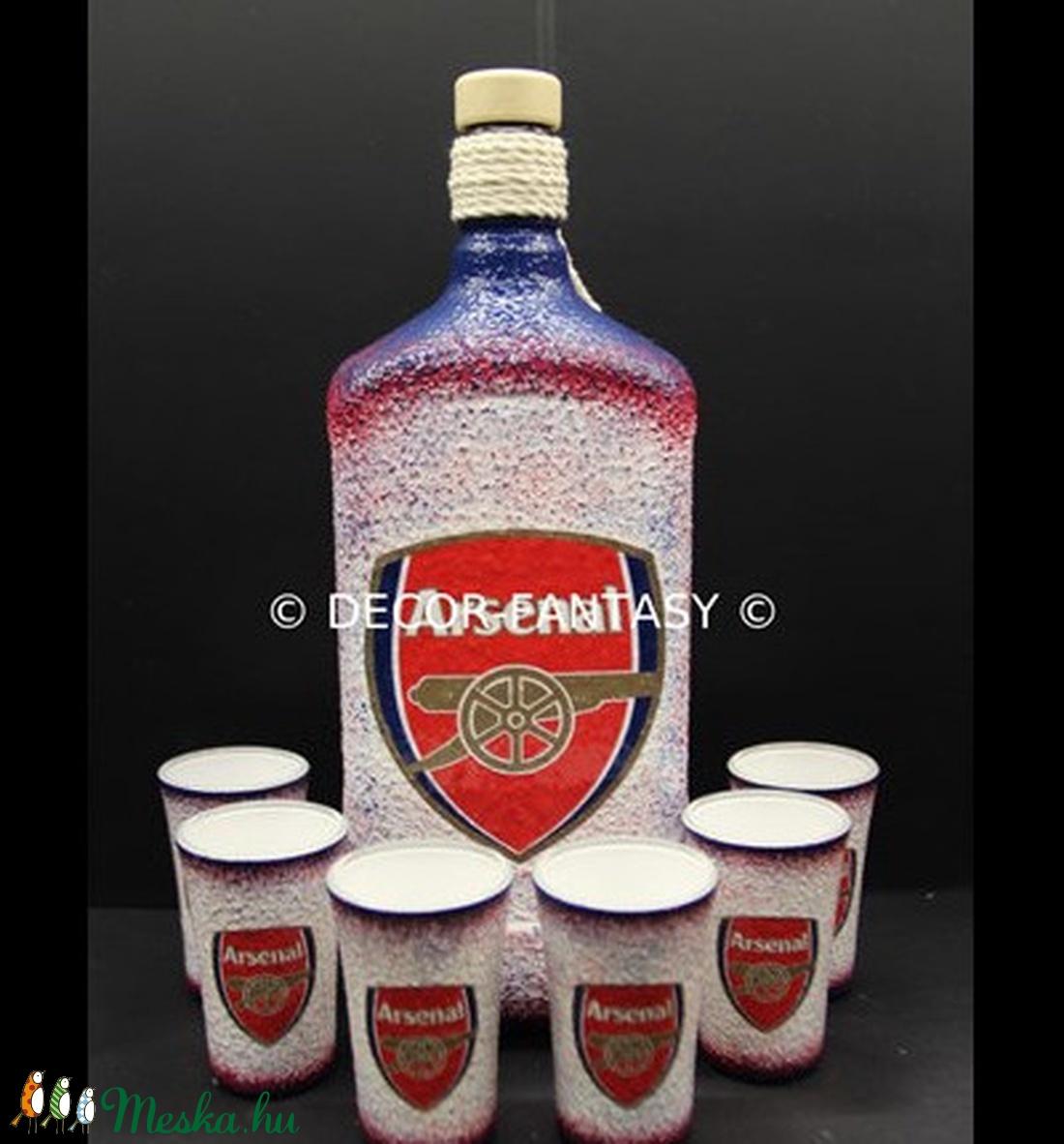 ARSENAL  emblémával díszített  italos szett ( 1,0 l üveg + 6x45 ml pohár  )  (decorfantasy) - Meska.hu